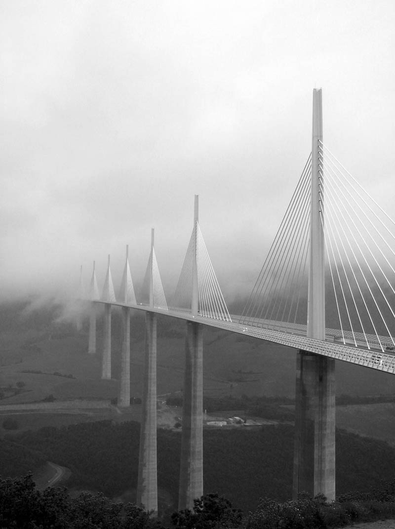 worlds tallest bridge millau viaduct france 17 The Tallest Bridge in the World [20 pics]