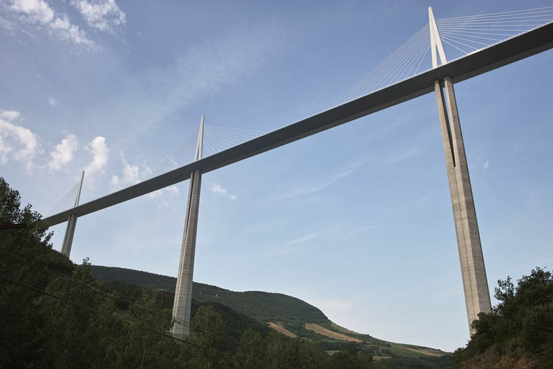 worlds tallest bridge millau viaduct france 18 The Tallest Bridge in the World [20 pics]
