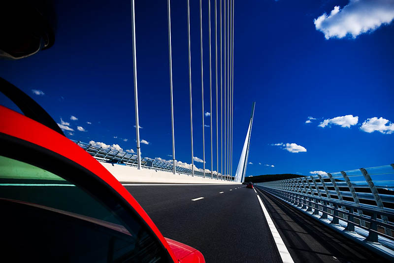 worlds tallest bridge millau viaduct france 19 The Tallest Bridge in the World [20 pics]