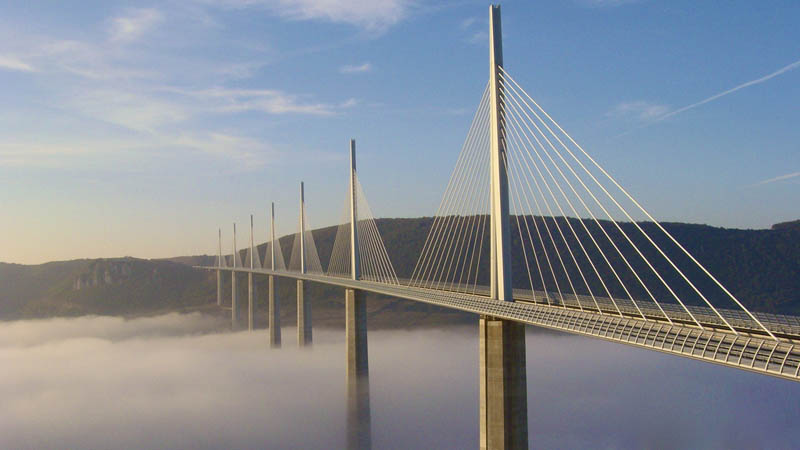 worlds tallest bridge millau viaduct france 2 12 Amazing Animal Bridges Around the World