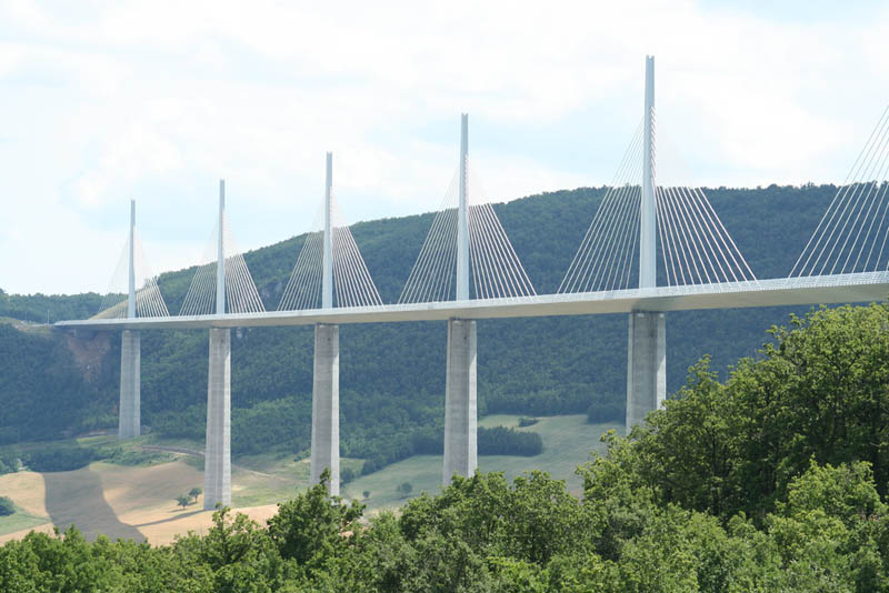 worlds tallest bridge millau viaduct france 5 The Tallest Bridge in the World [20 pics]