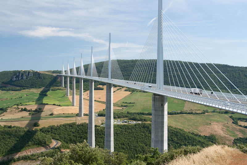 worlds tallest bridge millau viaduct france 6 The Tallest Bridge in the World [20 pics]