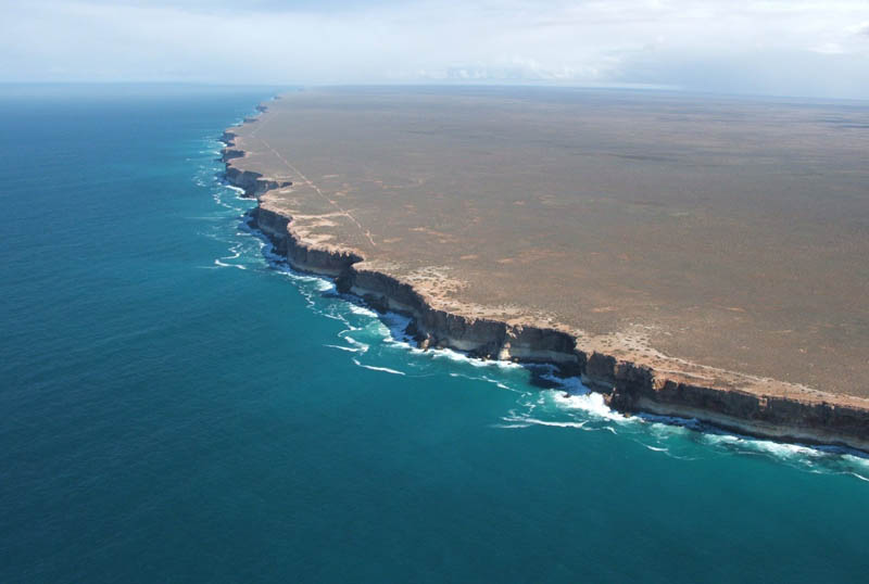 bunda cliffs nullarbor australia edge of the world Picture of the Day: The Edge of Earth   Bunda Cliffs of Australia