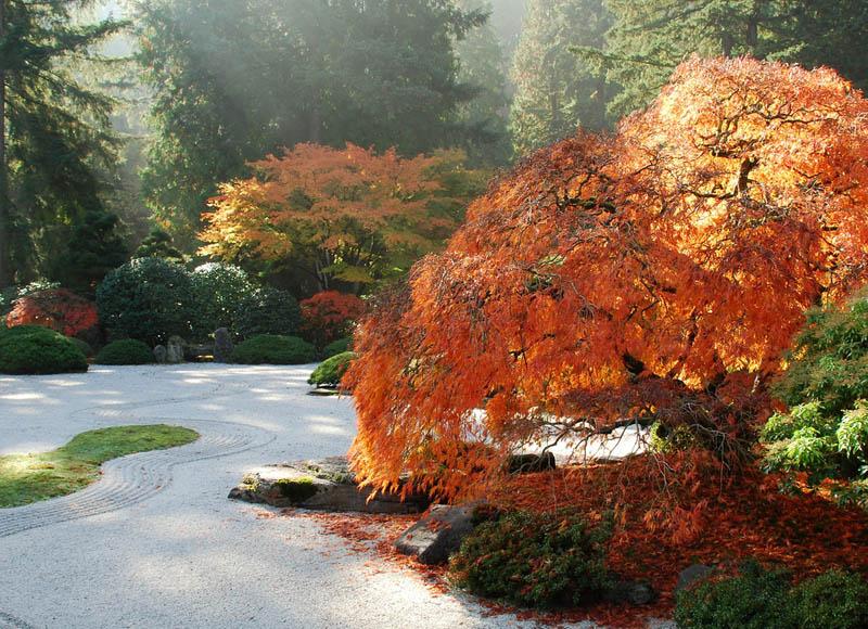 20 stunning japanese gardens around the world twistedsifter for Japanese garden portland oregon