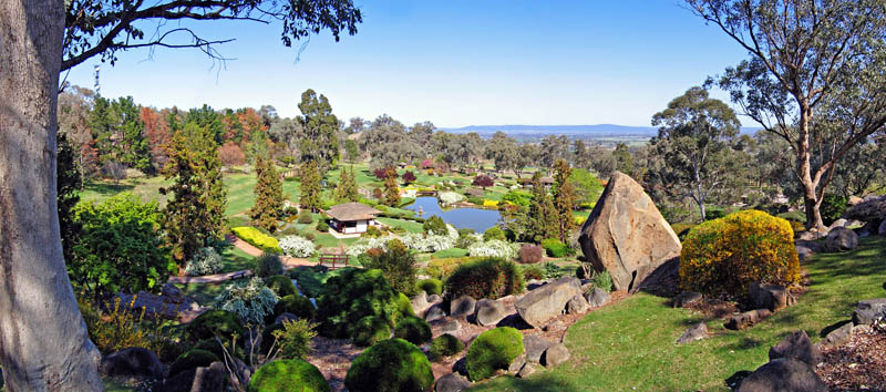 symbolic mountain lookout at the japanese gardens cowra nsw australia 20 Stunning Japanese Gardens Around the World