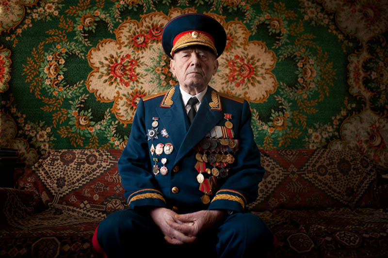 wwii veterans portraits konstantin suslov 19 Gripping Black and White Portraits of the Homeless by Lee Jeffries