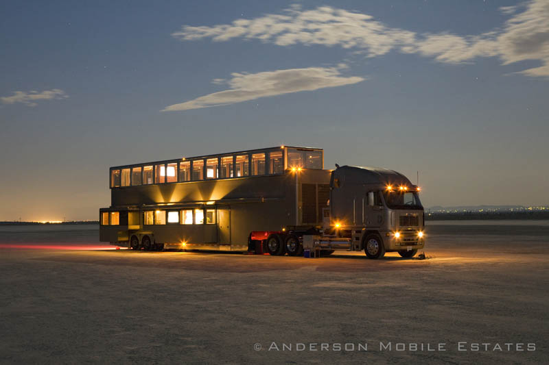 ashton kutchers trailer mobile home anderson 1 Anderson Mobile Estates: Luxury Trailers to the Stars