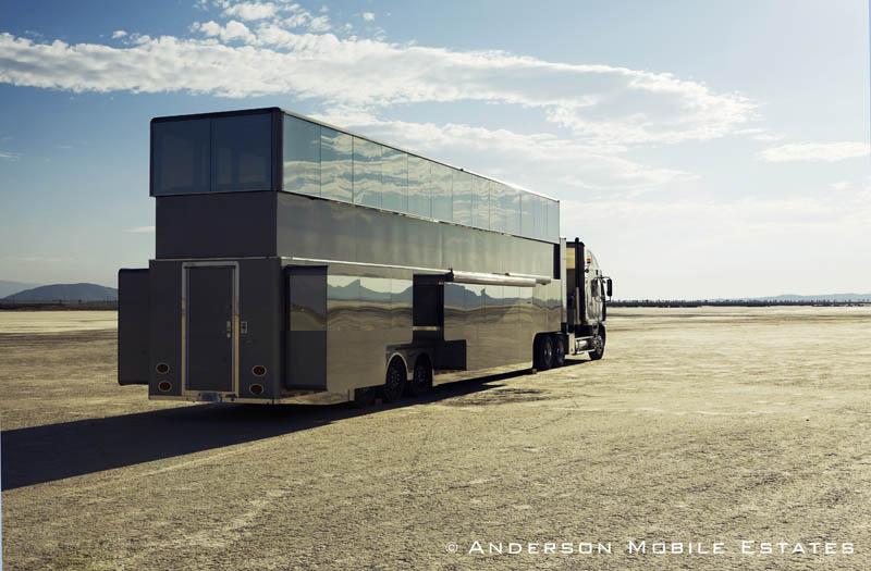 ashton kutchers trailer mobile home anderson 14 Anderson Mobile Estates: Luxury Trailers to the Stars