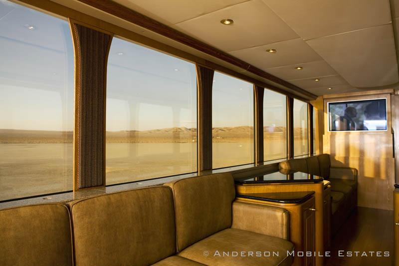 ashton kutchers trailer mobile home anderson 5 Anderson Mobile Estates: Luxury Trailers to the Stars
