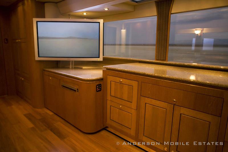 ashton kutchers trailer mobile home anderson 6 Anderson Mobile Estates: Luxury Trailers to the Stars