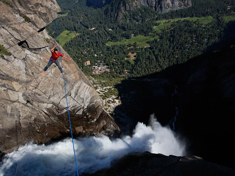 highlining yosemite falls Picture of the Day: Highlining Yosemite Falls