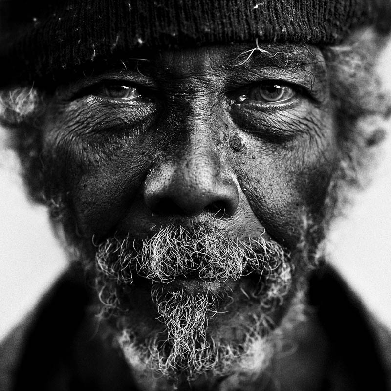 Homeless black and white portraits lee jeffries 10 gripping black and white portraits of the homeless