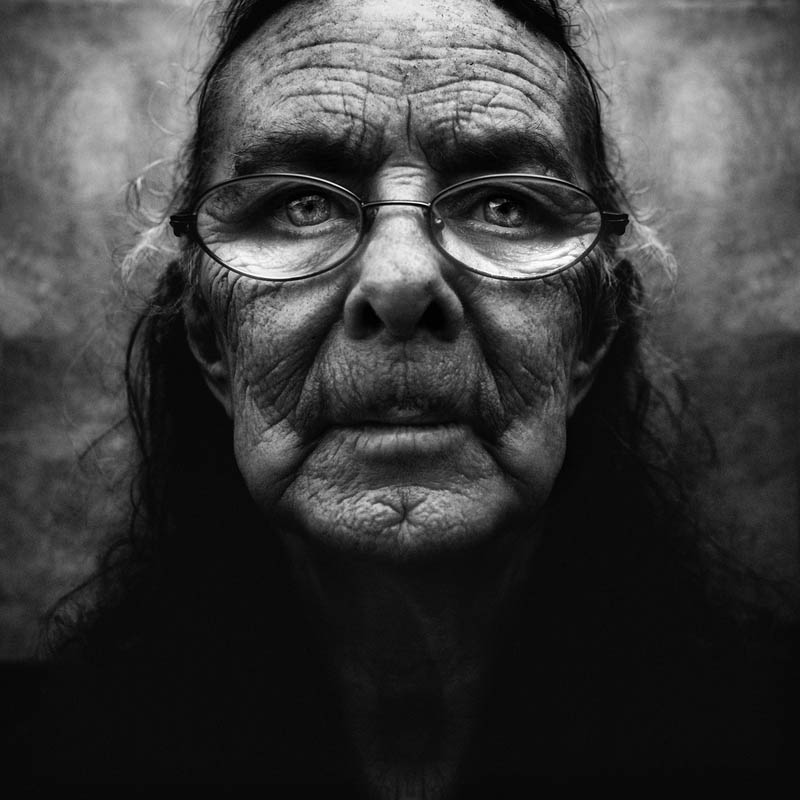 homeless black and white portraits lee jeffries 21 Gripping Black and White Portraits of the Homeless by Lee Jeffries