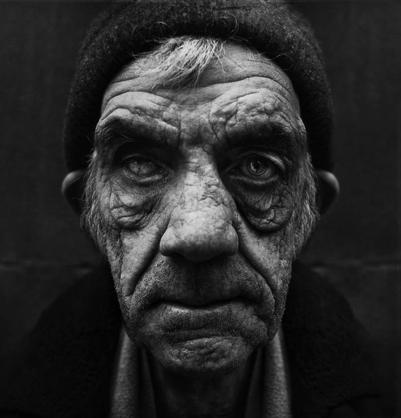 homeless black and white portraits lee jeffries 27 Gripping Black and White Portraits of the Homeless by Lee Jeffries