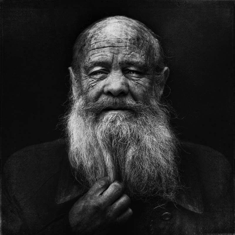 homeless black and white portraits lee jeffries 31 Gripping Black and White Portraits of the Homeless by Lee Jeffries