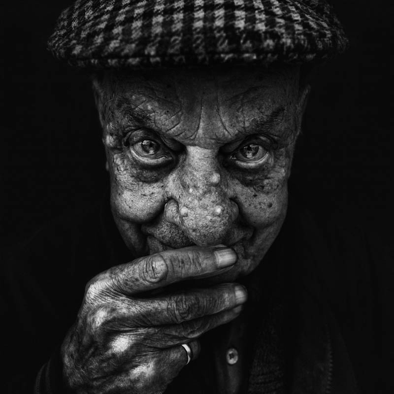homeless black and white portraits lee jeffries 35 Gripping Black and White Portraits of the Homeless by Lee Jeffries