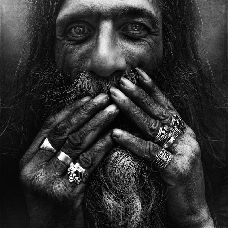 homeless black and white portraits lee jeffries 43 Gripping Black and White Portraits of the Homeless by Lee Jeffries