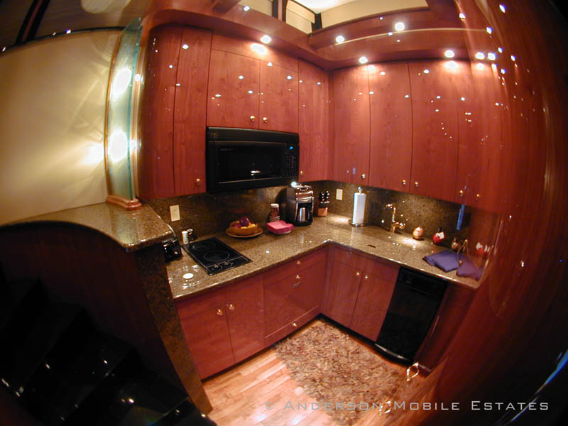 mobile homes for stars anderson 11 Anderson Mobile Estates: Luxury Trailers to the Stars