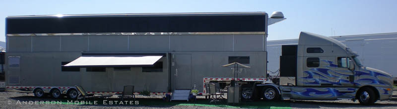 mobile homes for stars anderson 2 Anderson Mobile Estates: Luxury Trailers to the Stars