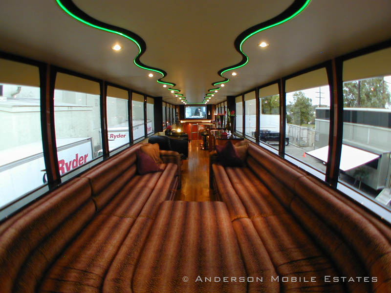 mobile homes for stars anderson 8 Anderson Mobile Estates: Luxury Trailers to the Stars