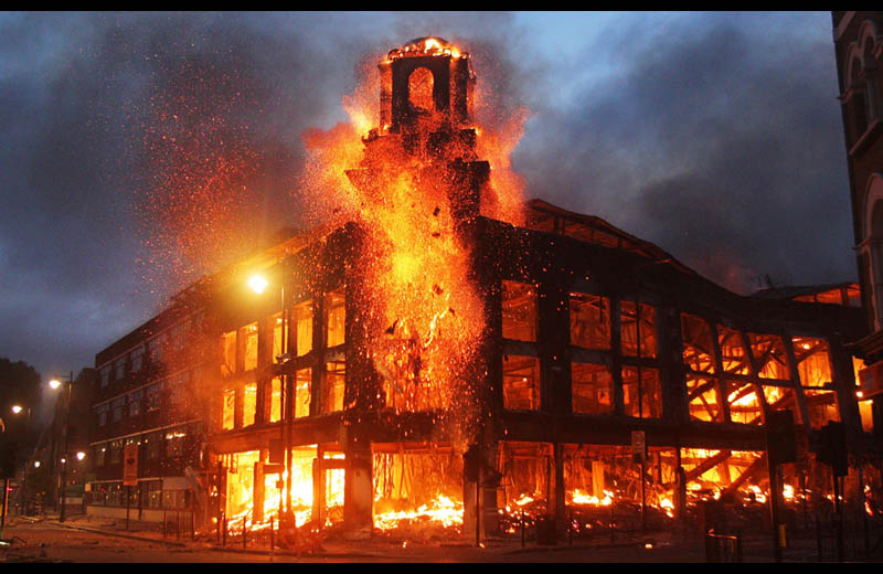 Picture of the Day: LondonBurning