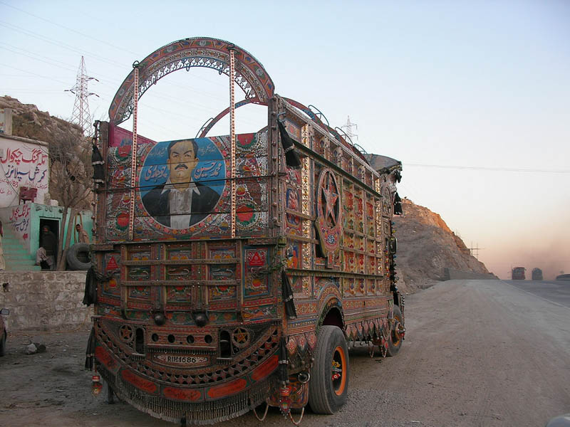 decorative pakistan truck art 1 Decorative Truck Art from Pakistan