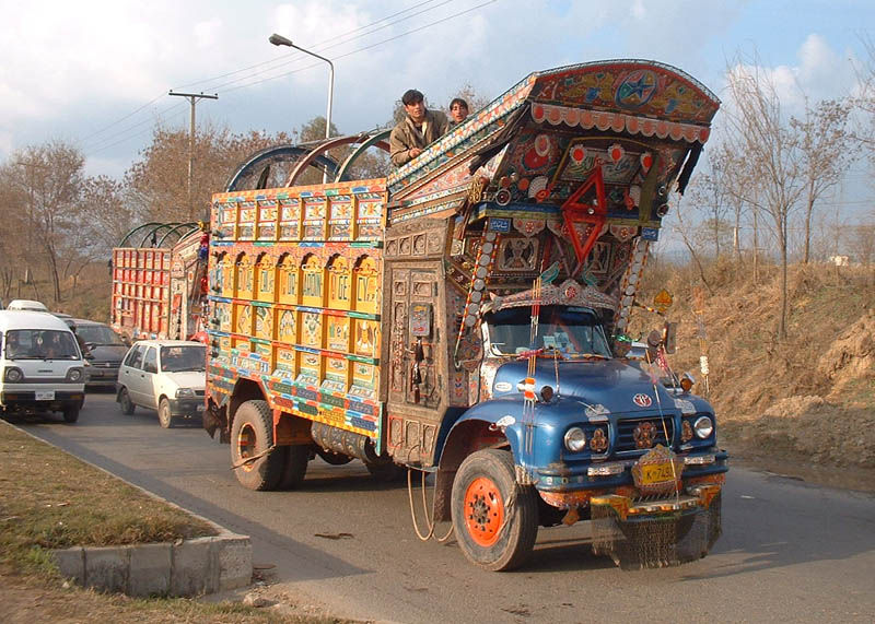 decorative pakistan truck art 10 Decorative Truck Art from Pakistan