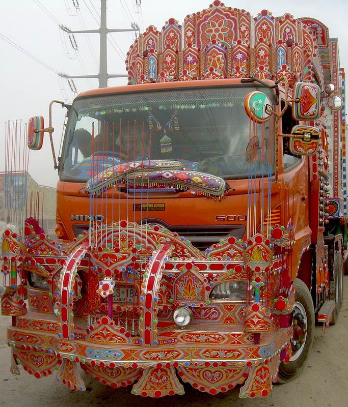 decorative pakistan truck art 4 Decorative Truck Art from Pakistan