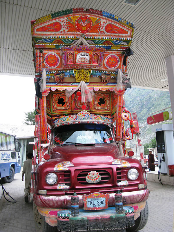 decorative pakistan truck art 5 Decorative Truck Art from Pakistan