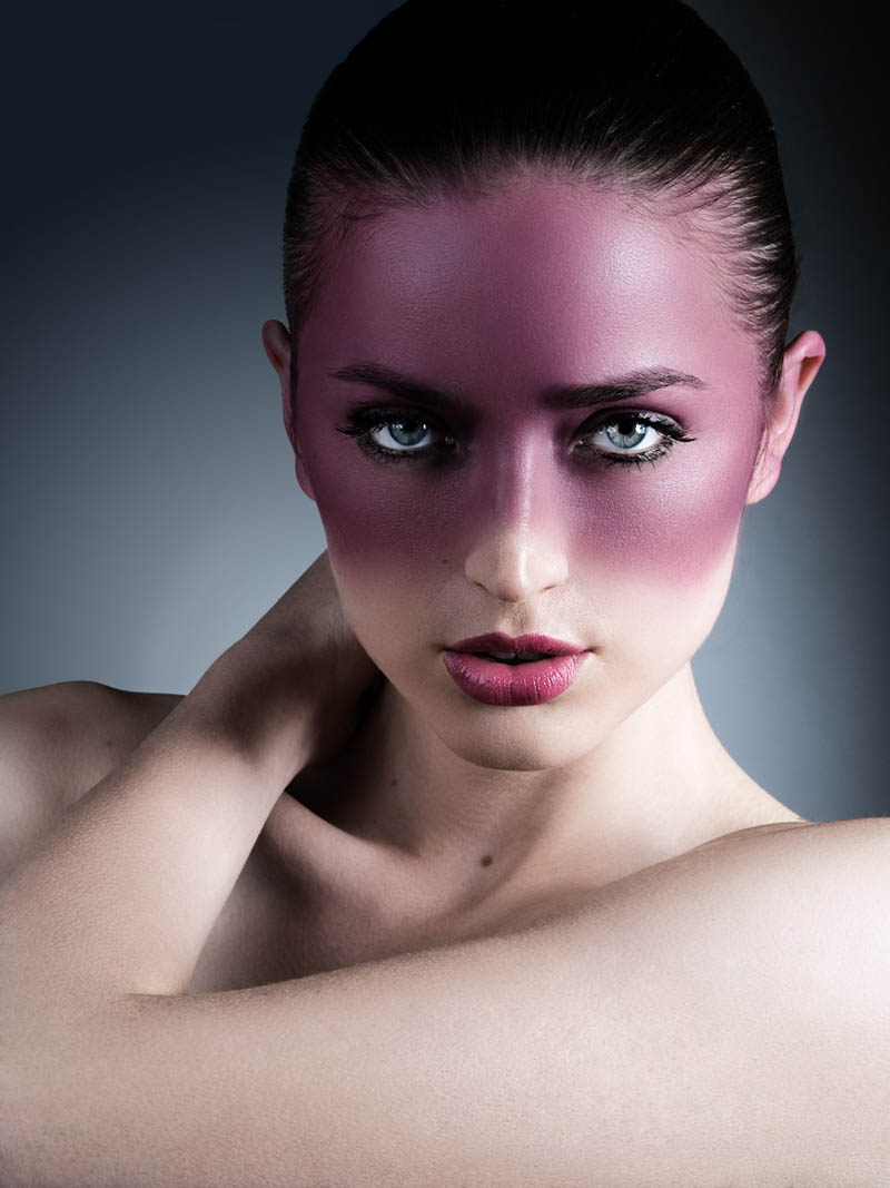 How to Retouch Fashion Photography in Photoshop - PHLEARN 71