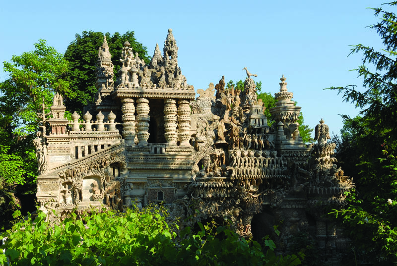 ideal palace ferdinand cheval eg 1 Postman Spends 33 Years Building Palace by Hand [25 pics]