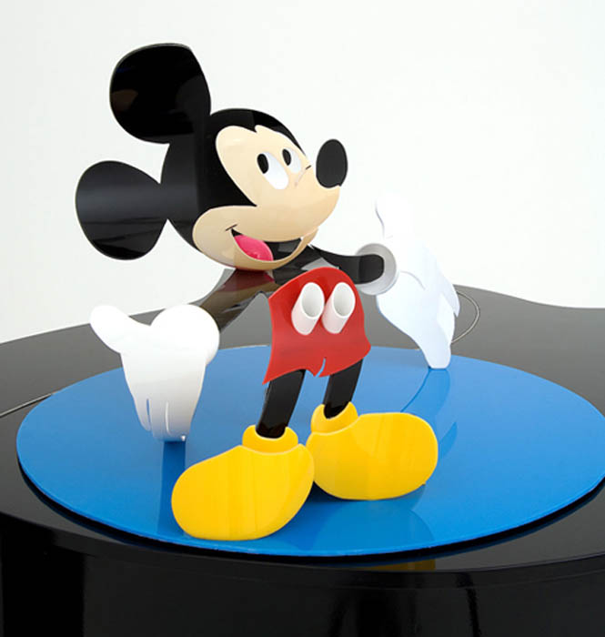 mickey mouse wobbly piano perspective sculpture james hopkins 2 Awesome Cartoon Perspective Sculptures by James Hopkins