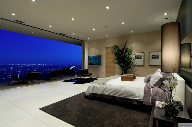 Picture of the Day: Bedroom With a View