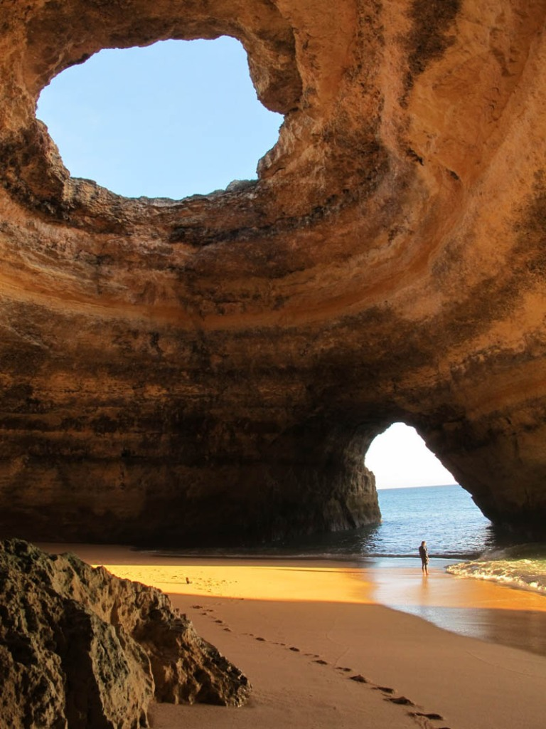 Picture of the Day: Glorious Sea Cave – Algarve, Portugal