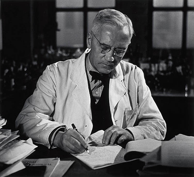 Alexander Fleming: Facts About the Scientist Who Discovered Penicillin