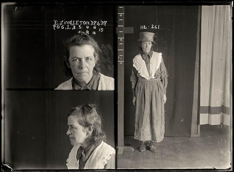 vintage female mug shots 12 copy Femme Fatales: 35 Vintage Female Mug Shots