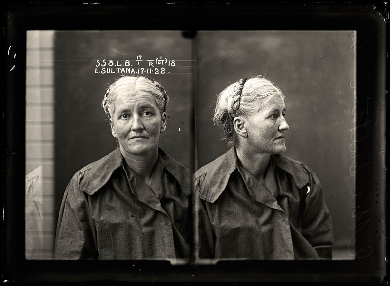 vintage female mug shots 15 Femme Fatales: 35 Vintage Female Mug Shots