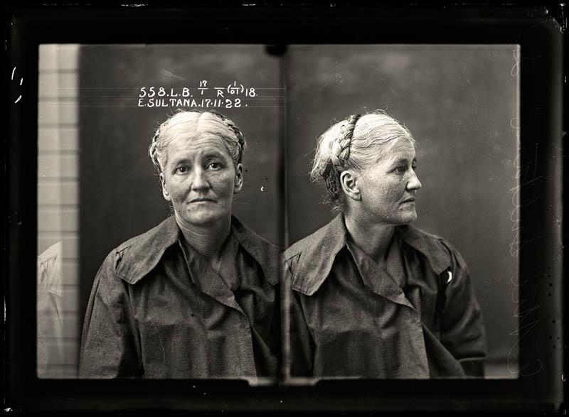 vintage female mug shots 15 Femme Fatales: 35 Vintage Female Mug Shots