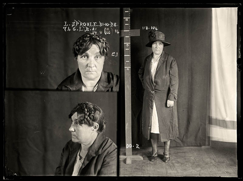 vintage female mug shots 24 copy Femme Fatales: 35 Vintage Female Mug Shots
