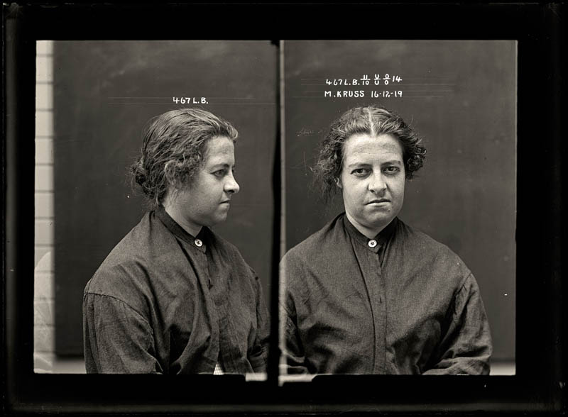 vintage female mug shots 32 Femme Fatales: 35 Vintage Female Mug Shots