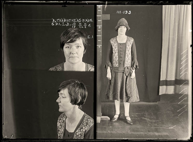 vintage female mug shots 43 Femme Fatales: 35 Vintage Female Mug Shots