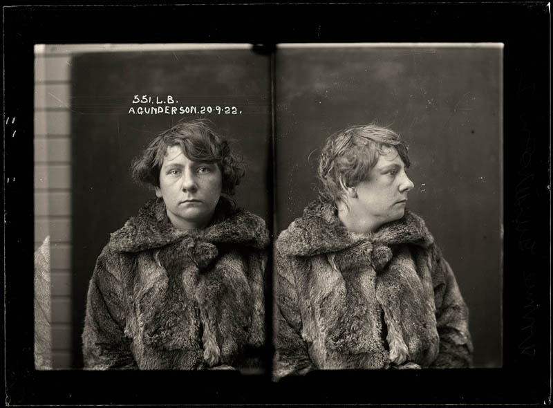 vintage female mug shots 5 Femme Fatales: 35 Vintage Female Mug Shots