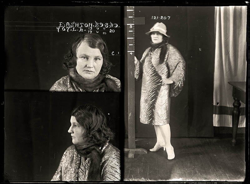 vintage female mug shots 9 Femme Fatales: 35 Vintage Female Mug Shots