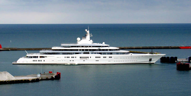 worlds biggest largest yacht eclipse roman abramovich 4 Eclipse   The Largest Private Yacht in the World