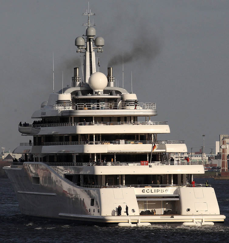 Eclipse The Largest Private Yacht In The World 171 Twistedsifter