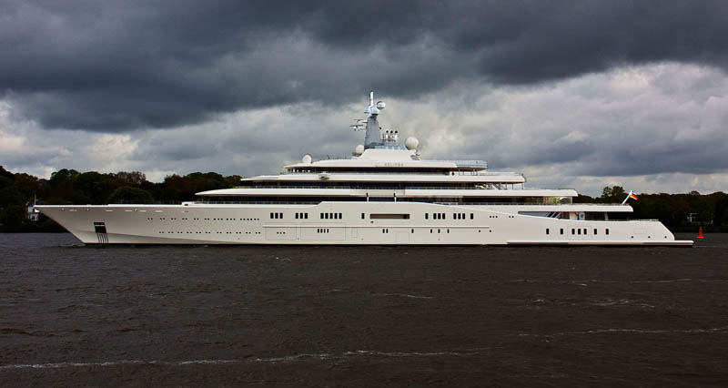 worlds biggest largest yacht eclipse roman abramovich 9 Eclipse   The Largest Private Yacht in the World