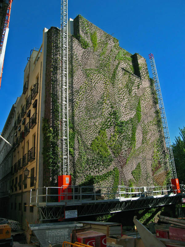caixa forum madrid 7 15 Incredible Vertical Gardens Around the World