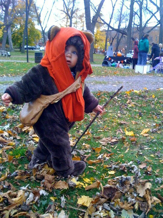 ewok hilarious halloween costume 25 Hilarious Halloween Costumes from the Weekend