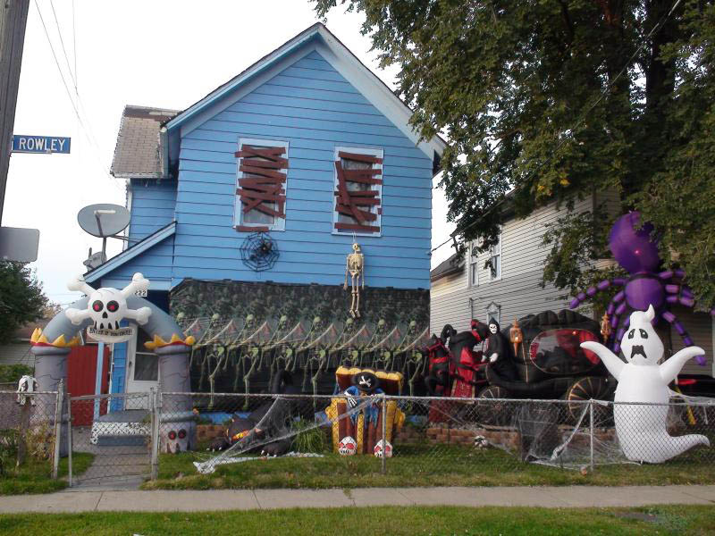 halloween front yard displays setups 14 15 Awesome Front Yard Halloween Displays