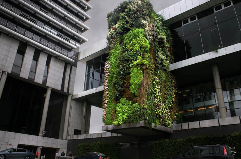 hotel departement hauts de seine nanterre vertical garden 15 Incredible Vertical Gardens Around the World